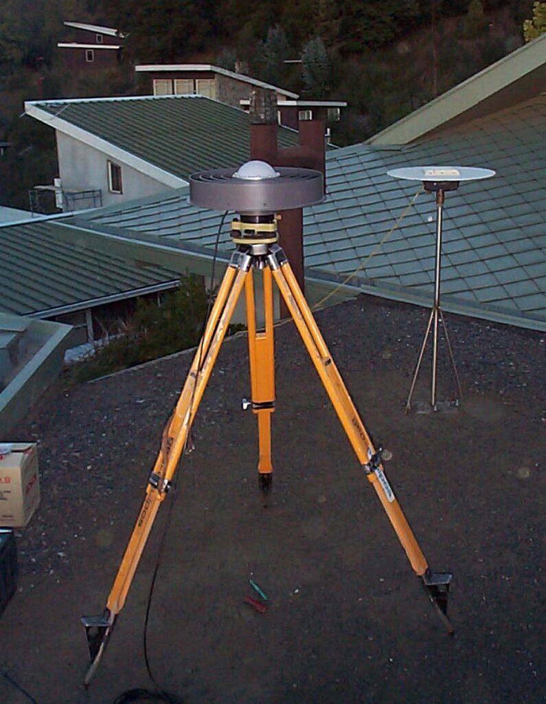 Se instalan los primeros instrumentos cGNSS.